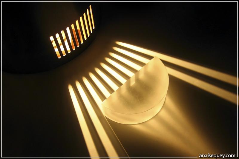 intra science pourquoi les vitres sont elles transparentes. Black Bedroom Furniture Sets. Home Design Ideas